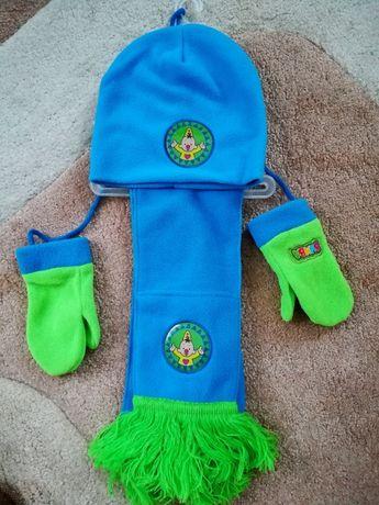 Продам новый комплект, флис, шапка двойная+шарф+варежки