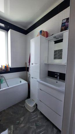 Продам 3-х кімнатний новобуд з ремонтом і меблями вул.Величковського