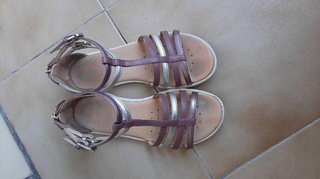 Sandálias de menina da Geox