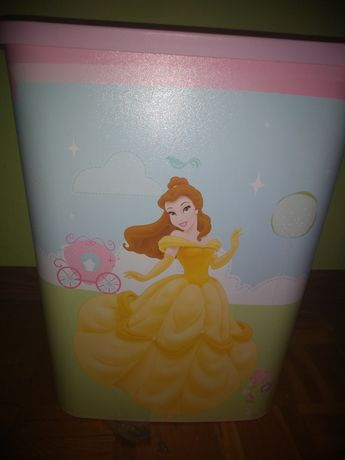 Kosz na zabawki dla małej księżniczki