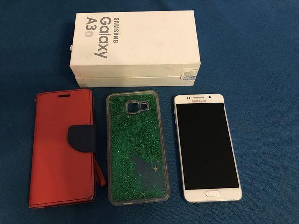 Samsung Galaxy A3 (6) + 2x etui