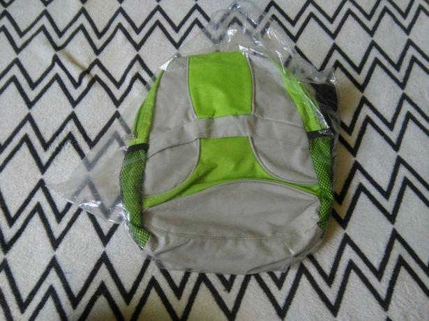 Nowy plecaczek zielony szary maly plecak szkoly przedszkola