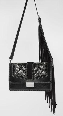 skórzana torebka z tłoczeniami i frędzlami, czarna, nowa, zara