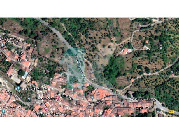 Quinta Rural com 3750 m2 com casa rústica para remodelaçã...