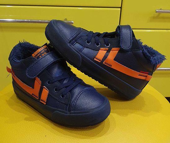 Демисезонные ботинки, кроссовки, кеды