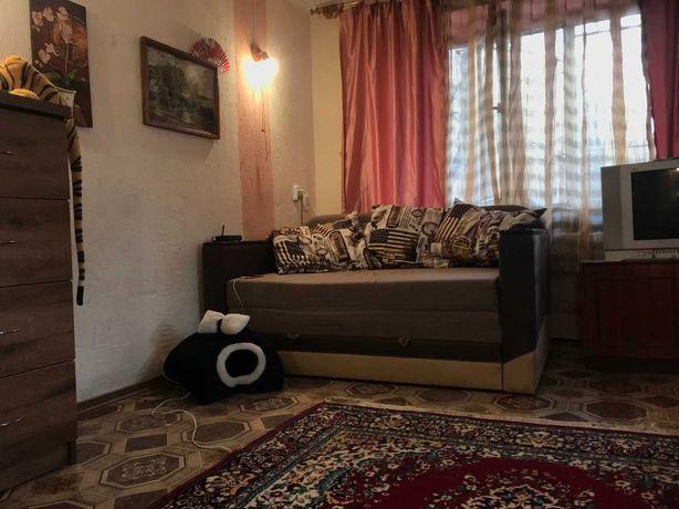 Продам 1 комнатную квартиру СевГОК. под жилье( удобную под бизнес)
