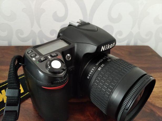Nikon d80 + nikkor 28-80 oraz Nikkor 50 1.8d