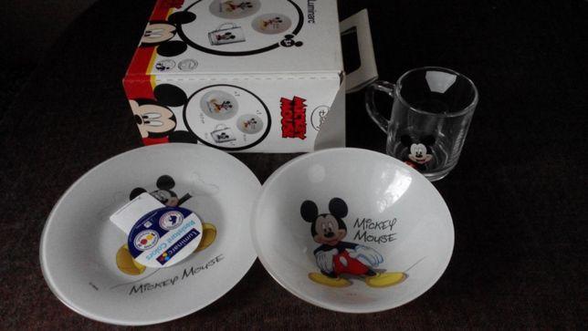 Продам НОВЫЙ фирменный набор посуды Mickey Mouse