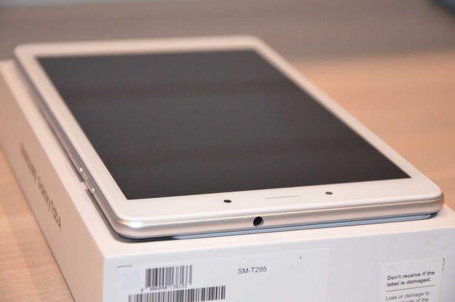 Tablet SAMSUNG Galaxy Tab A T295NZSAXEO 8 8.0 2/32GB LTE Srebrny Nowy