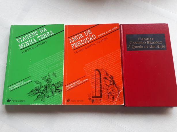 8 livros em Português