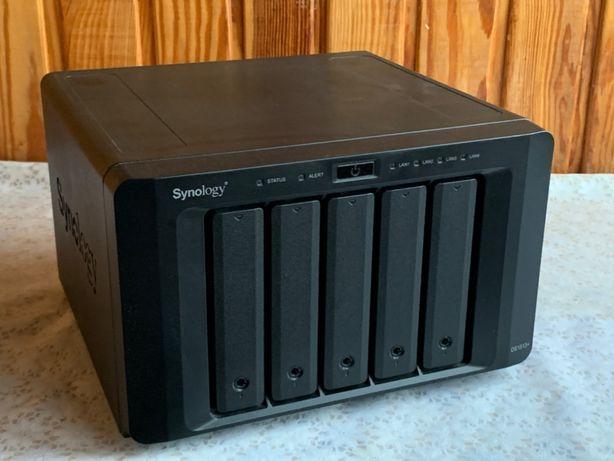 NAS Synology 1513+, 5 отсеков для HDD, память 4Гб, 4 x 1Gbit Ethernet
