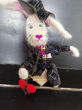 """Сувенір, інтер'єрна іграшка""""Кролик у капелюсі"""""""