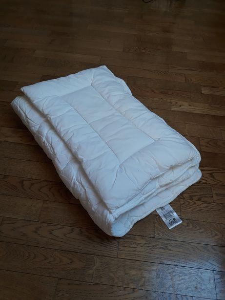 Kołdra i poduszka do łóżeczka dziecięcego