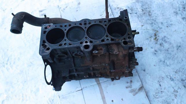 Silnik hyundai coupe 1.6 16v 2002r blok GK