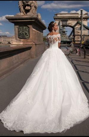 Продам свадебное платье MillaNova