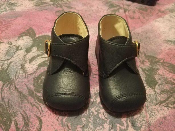 Sapato bebé novos da Chicco