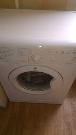 Продам стиральная машина Indesit IWSB 51051 (нужна замена подшипника)