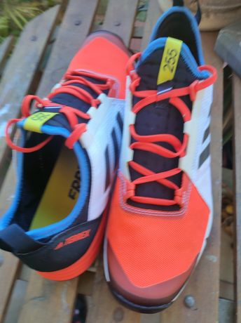 Adidas Terrex 255