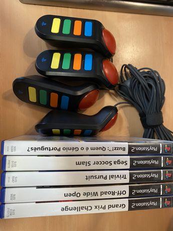 Jogos PS2 e Buzz com comandos