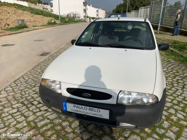 Ford Fiesta 1.25 STUDIO**5Lugares**