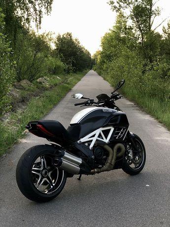 Ducati diavel amg 2013