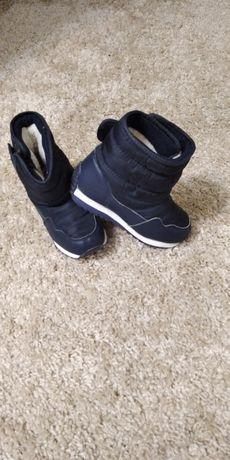 Зимові чоботи для хлопчика