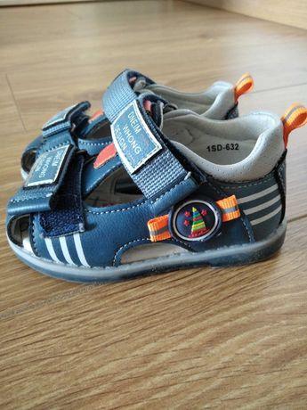 Sandałki Dziecięce chłopięce na rzep niebieskie 21