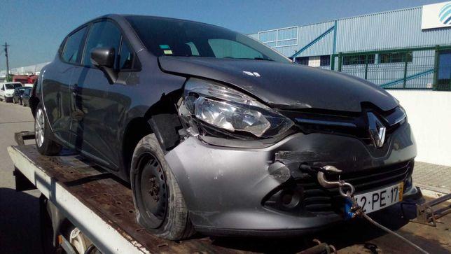 Renault Clio 2014 Sinistrado