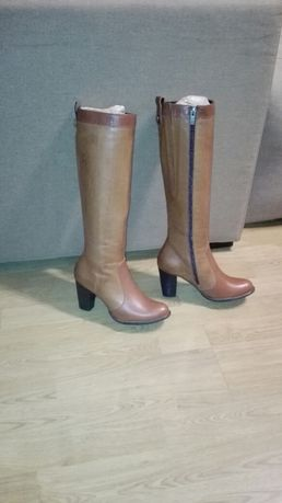 Nowe buty damskie, brązowe kozaki Ryłko skórzane, na obcasie, r.37