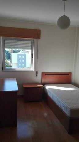 Aluga-se apartamento T3 (7min do Hospital S. João) e (4min do ISCAP)