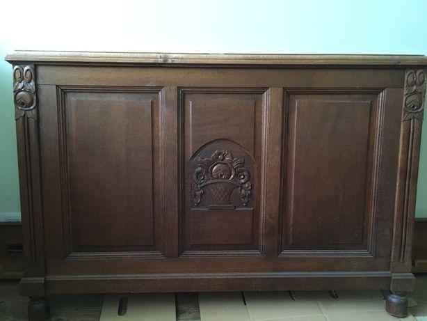 Stylowe łóżko XIX w., lite drewno