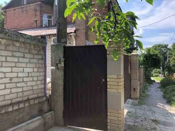 Продам 3 ком.квартиру ул. Светлова /ул. Короленко  р-н еврейской школы