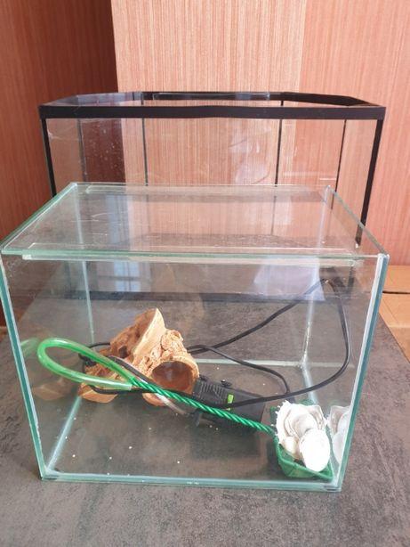 аквариум для рыб большой и маленький