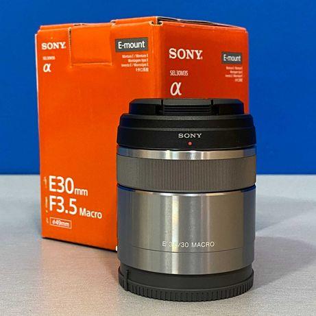 Sony E 30mm f/3.5 Macro (NOVA)