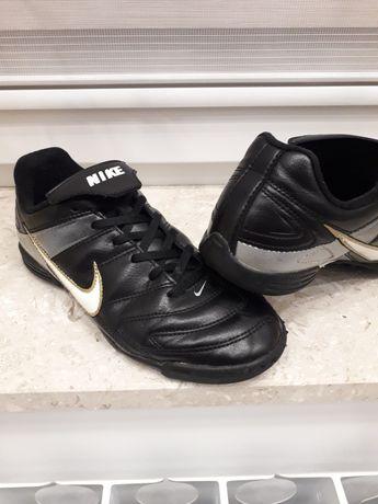 turfy Nike Lengo TF roz. 35   22cm piłka nożna orlik