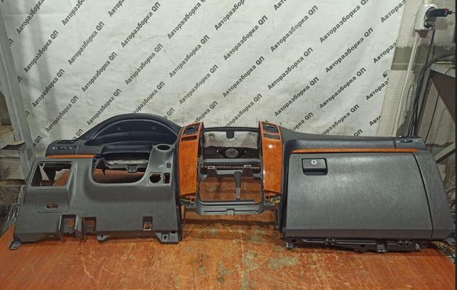 Торпедо (панель) Lexus GX470. Разборка Lexus GX первое поколение