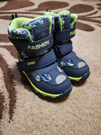 Зимові ботинки для хлопчика