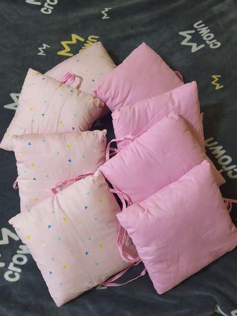 Бортики-подушки на кроватку 8 штук