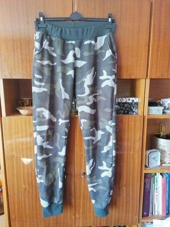 Spodnie dresowe Black & Fish