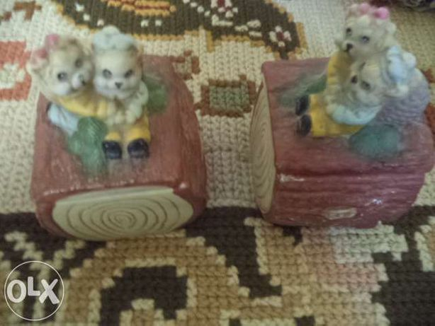 Duas caixinhas para guardar coisinha dentro e uma boneca