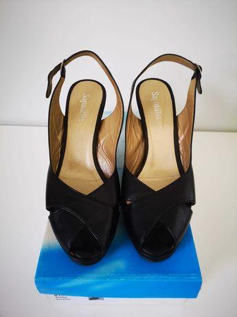 Sandálias Pretas salto alto com capas novas - Nº 39, marca Sapatália
