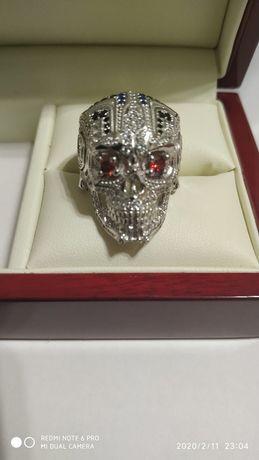 Продам перстень серебро череп