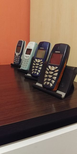 Zestaw kultowych telefonów NOKIA 4 sztuki Sprawne w db stanie SPRAWDŻ