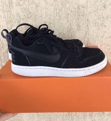 Кроссовки кеды на подростка 36р Nike