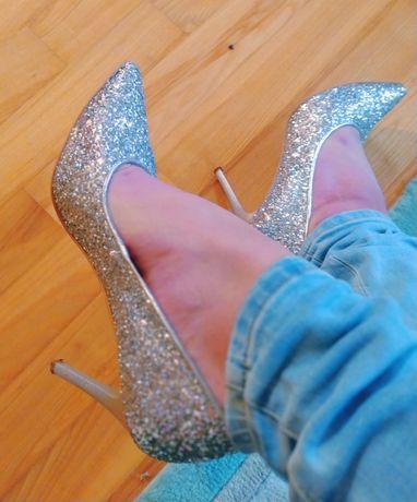 Buty brokatowe -