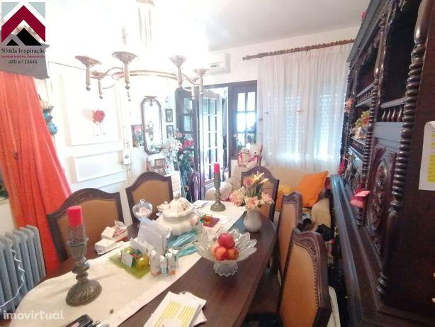 Apartamento T2 - Barrocas - Vende-se