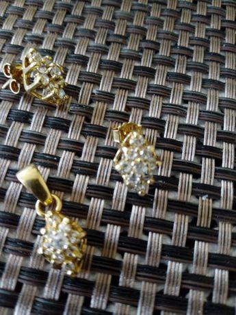 Komplet ślicznej biżuterii srebrnej,srebro, pozłacanej na prezent nowy
