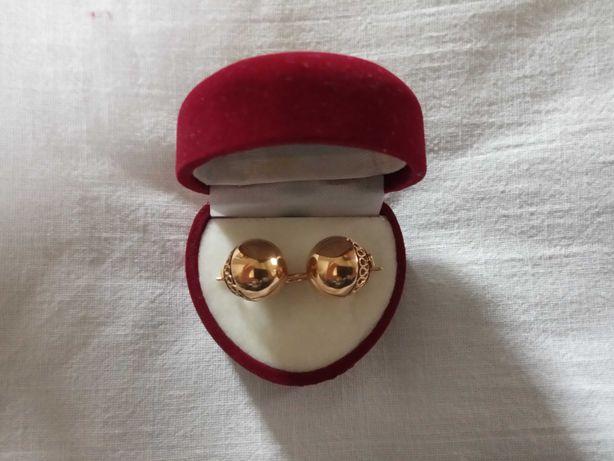 Продам золотые серьги СССР