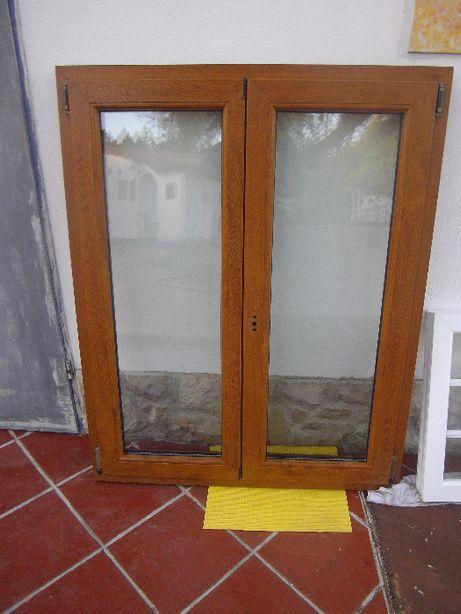 Janela dupla em PVC, estilo madeira, Vidro duplo 24mm