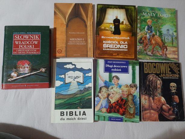 Różne książki m.in. historyczne, dla dzieci